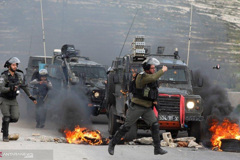 Tentara Israel tembak orang Palestina di Jalur Gaza
