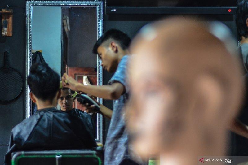 Sekolah Seniman Pangkas Rambut