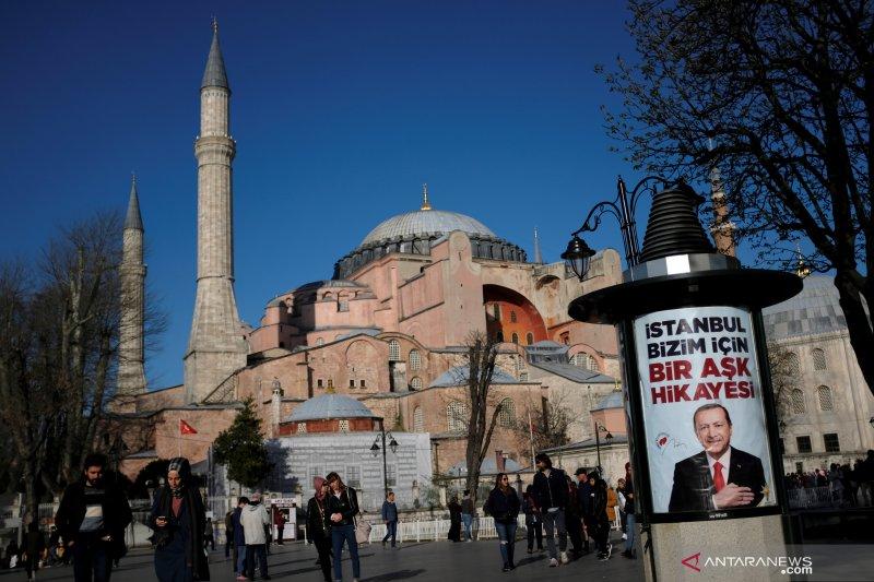 Erdogan tetapkan Hagia Sophia jadi masjid, ibadah pertama pada 24 Juli