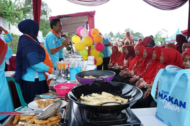 KKP gelar kampanye gemar makan ikan di Lumajang