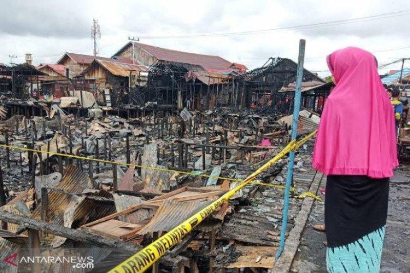 Ratusan Rumah Berbahan Kayu Terbakar di Palangka Raya