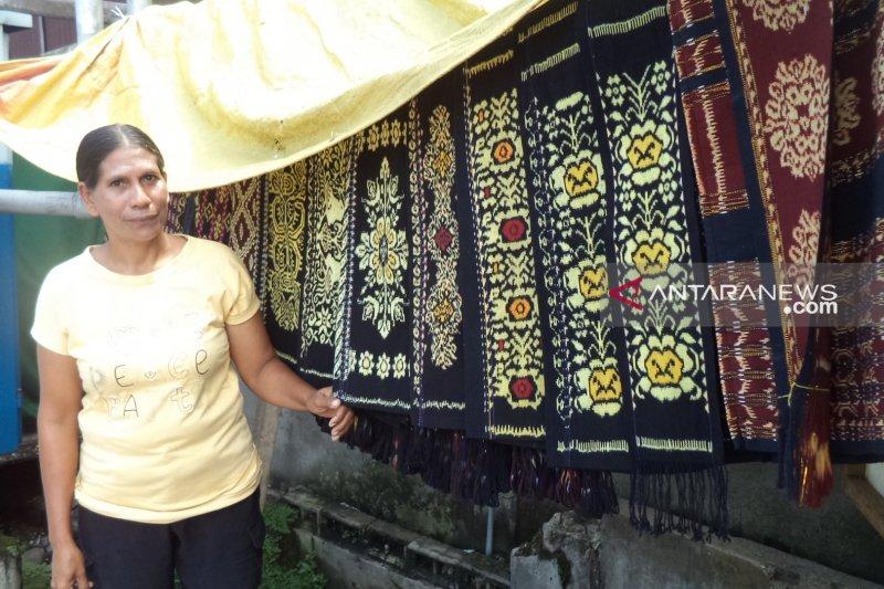 Dosen  : penenun kain lakukan inovasi terbuka