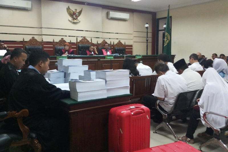 12 mantan anggota DPRD Kota Malang dituntut bervariasi