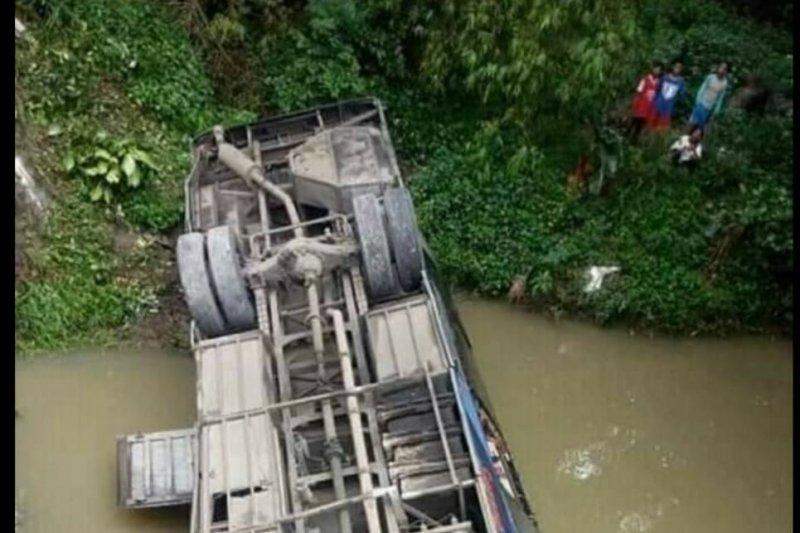 Dua penumpang tewas akibat kecelakaan bus di Ngawi