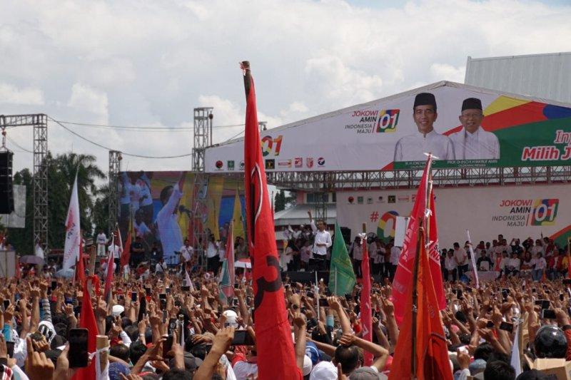 Jokowi ajak warga luruskan fitnah dan hoaks