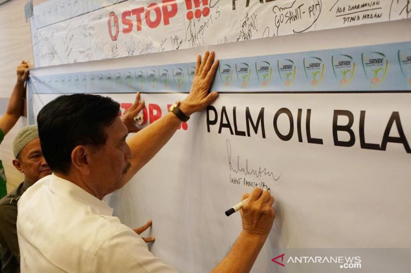 Indonesia would challenge any party hampering the country's palm oil products : minister