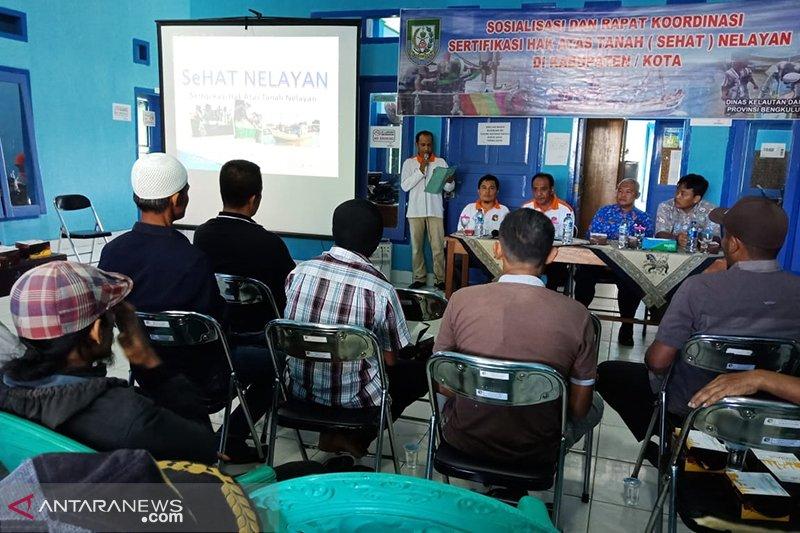 Puluhan nelayan Mukomuko Bengkulu usulkan sertifikat tanah gratis