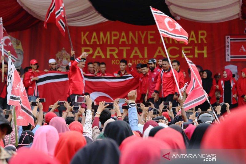 Ribuan Pendukung Partai Aceh Hadiri Kampanye Akbar