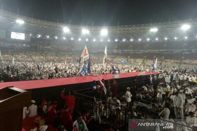 Kampanye akbar Prabowo-Sandi, akses jalan ke GBK macet