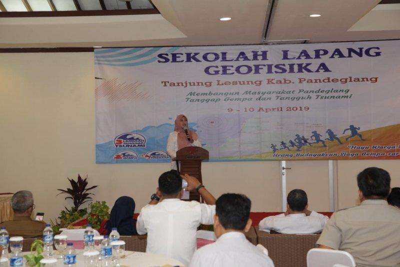 BMKG pasang tiga alat tsunami di Selat Sunda dan AGK