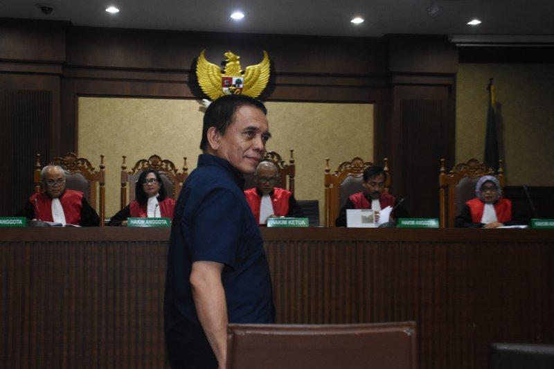 Vonis Gubernur Aceh Irwandi Yusuf diperberat 8 tahun penjara