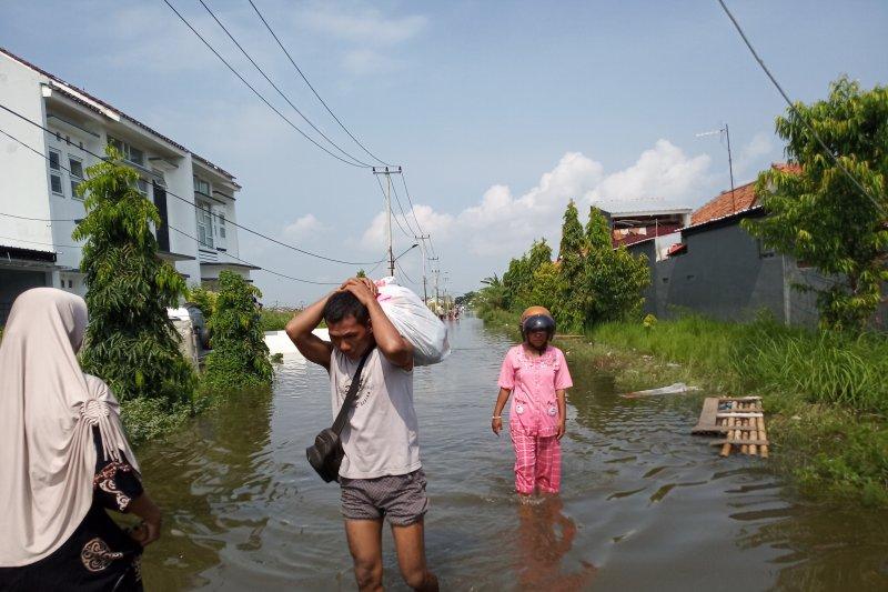 Banjir Indramayu, Bupati protes pengelola Bendung Rentang