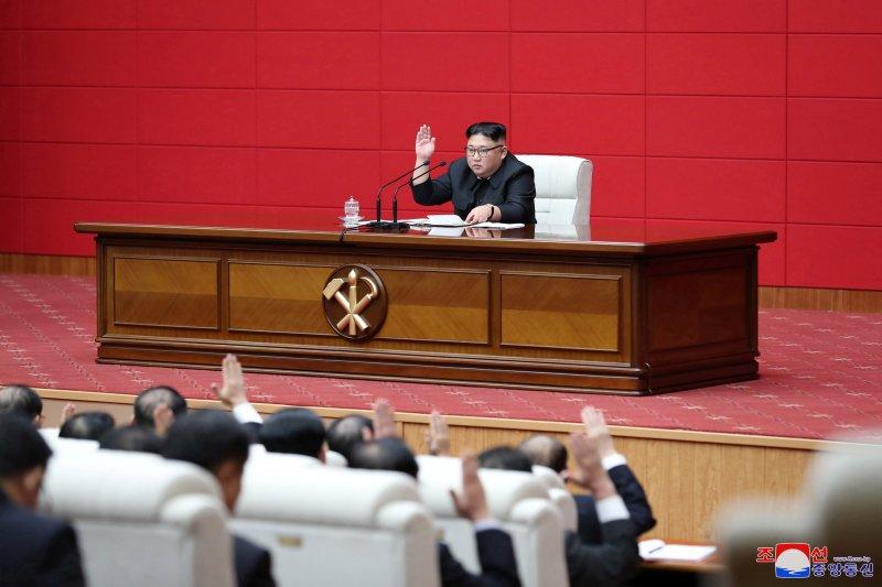 Pimpinan Korut Kim Jong Un kawal uji coba senjata taktis baru