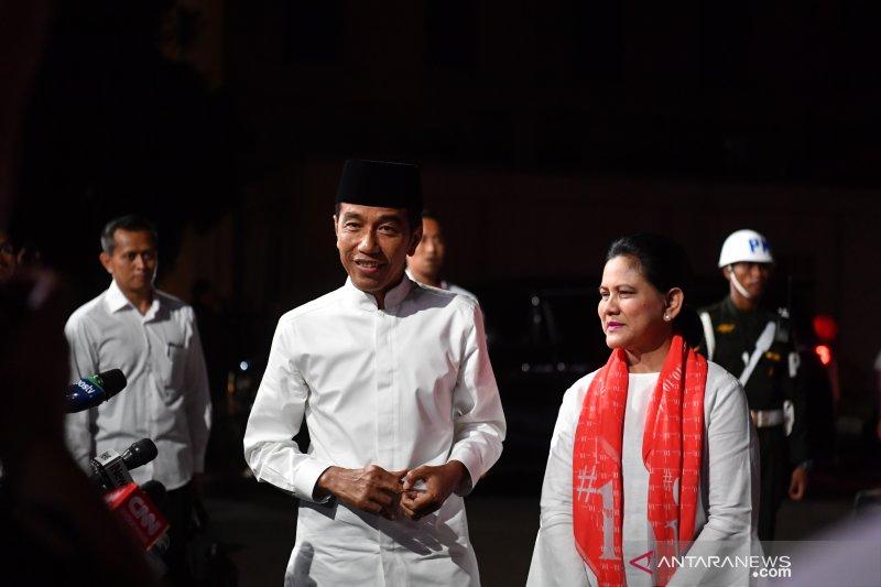 """Jokowi akan gesa pemasaran produk pertanian dengan """"e-commerce""""'"""