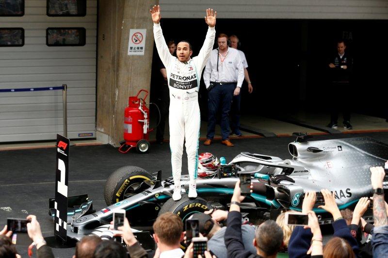 Hamilton juara GP China, kemenangan ke-75 di balap F1