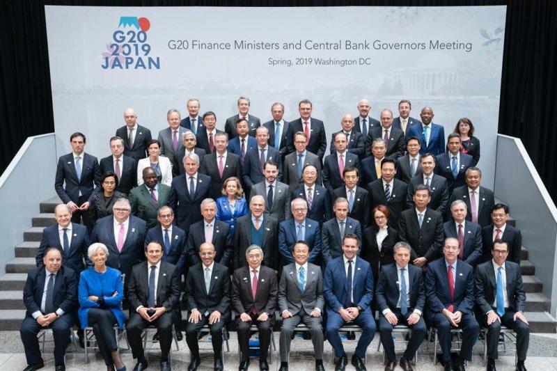 Menkeu: pertemuan IMF-WB bahas risiko perkembangan ekonomi digital