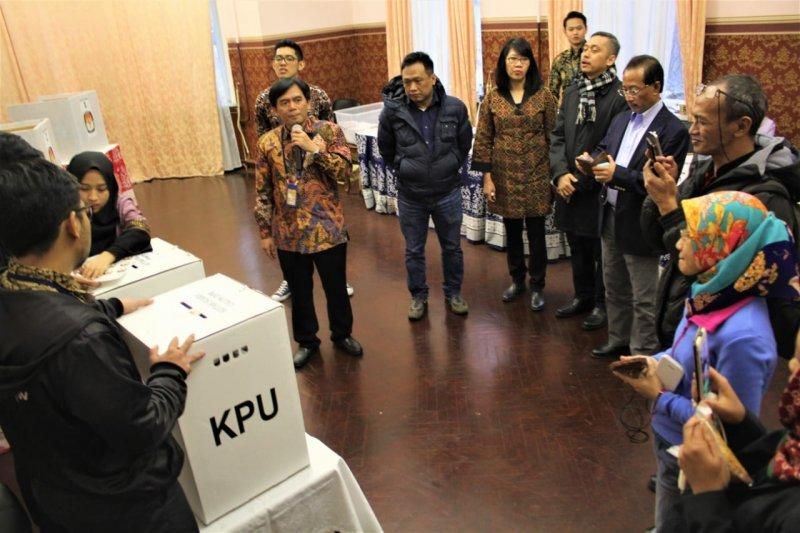 Pelajar Indonesia tempuh 13 jam perjalanan untuk Pemilu di Moskow