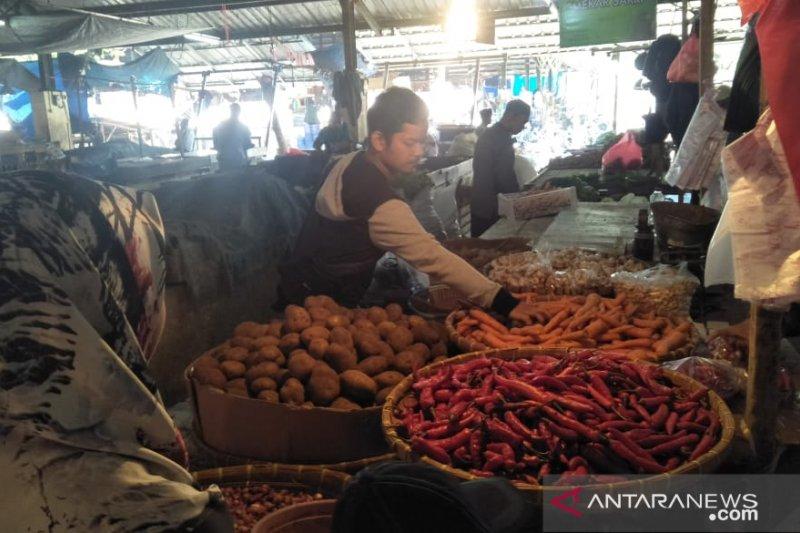 Harga sayur mayur di pasar induk Cianjur mulai turun