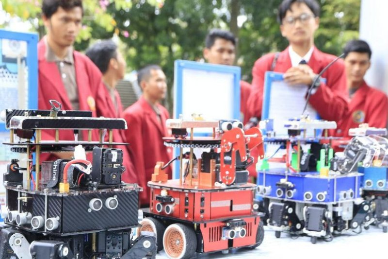 Tim robotik Indonesia juara kontes robot dunia