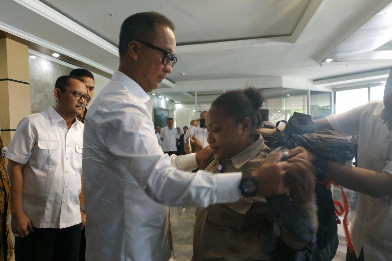 Menteri Sosial lepas 45 pendamping Komunitas Adat Terpencil