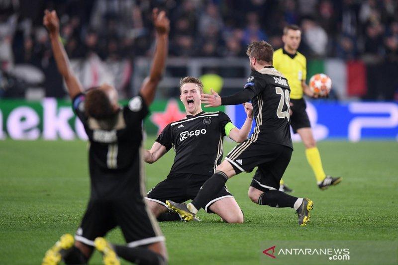 Barcelona dan Ajax lolos semifinal Liga Champions