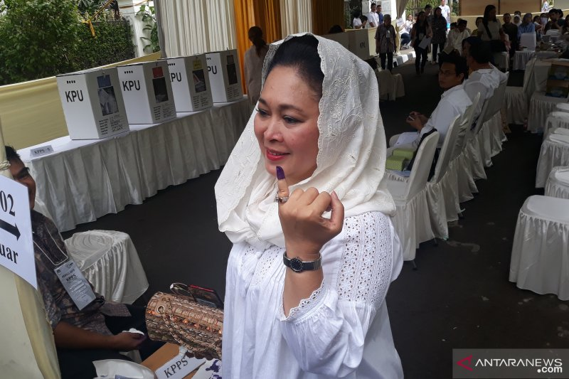 Usai coblos, Titiek Soeharto komentari kotak suara