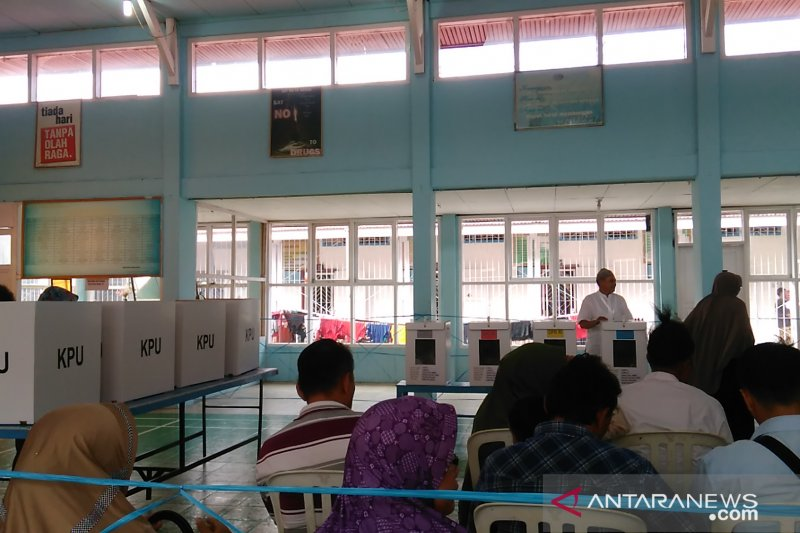 Warga binaan Rutan Padang Panjang salurkan hak suara