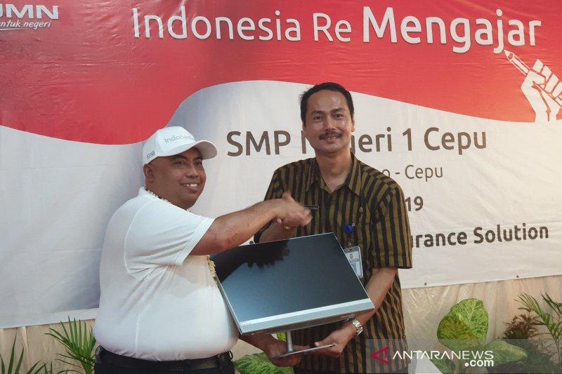 Jelang Indonesia Re Mengajar berikan bantuan komputer