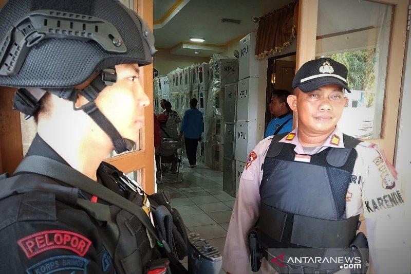 Polda Kalteng imbau masyarakat tenang tunggu hasil penghitungan KPU