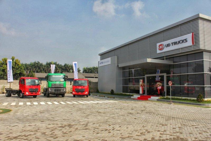 UD Trucks buka cabang di Tangerang dan Palembang