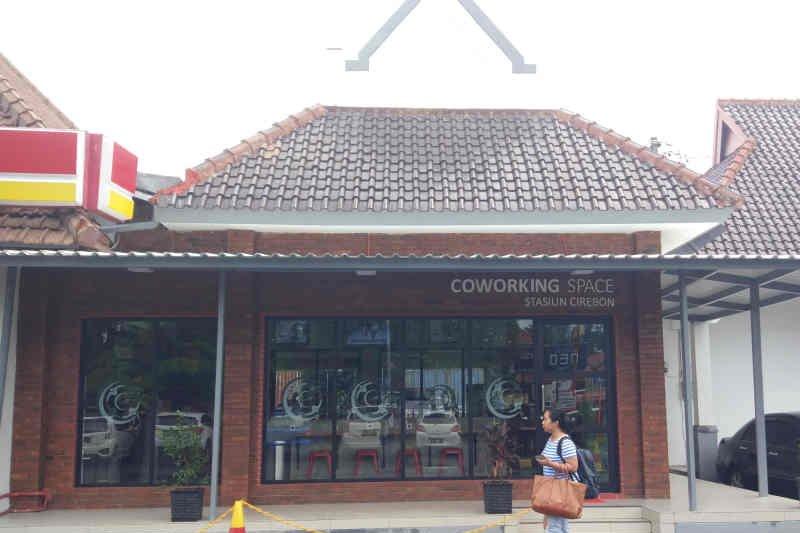 KAI Cirebon sediakan ruang kerja gratis di stasiun