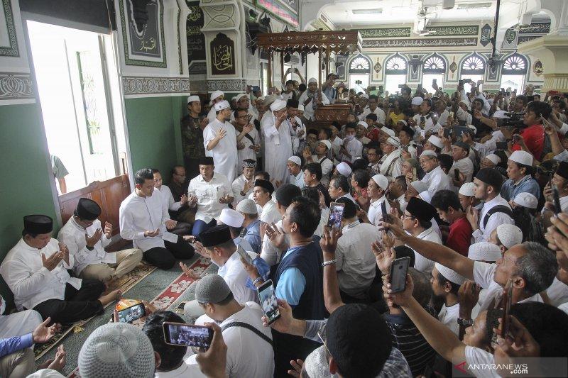 Prabowo shalat Jumat di Masjid Al Azhar
