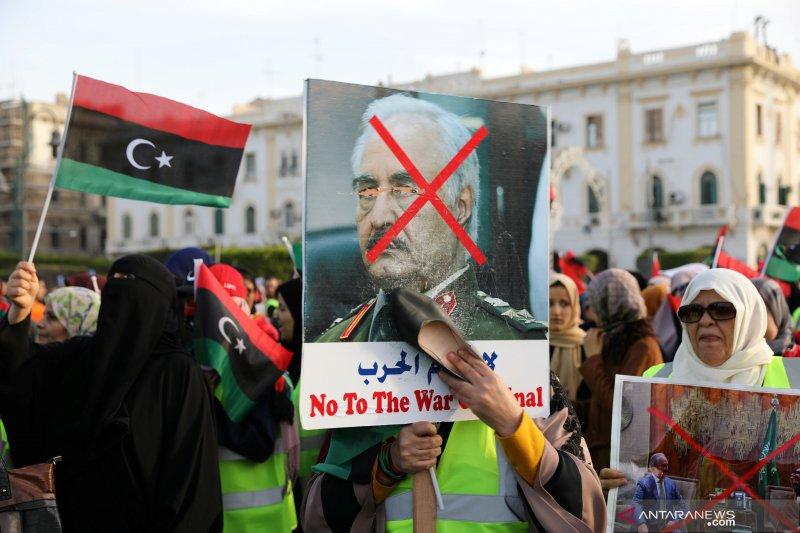 Pasukan Jenderal Khalifa Haftar bebaskan Ketua Serikat Pekerja Minyak Libya