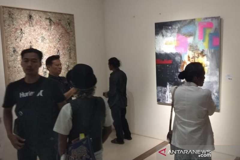 Kelompok Klik gelar pameran seni rupa di Borobudur