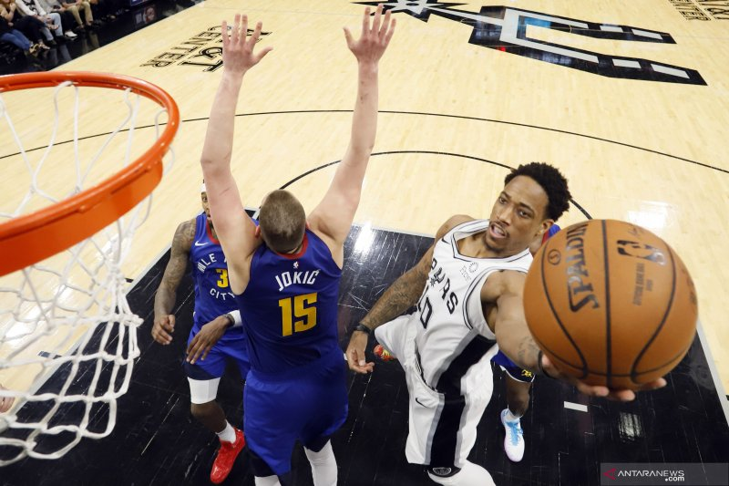 Denver Nuggets -Spurs 2-2 di playoff NBA