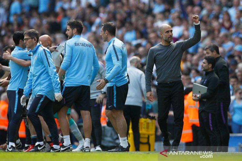 Lagi, Manchester City ke puncak klasemen