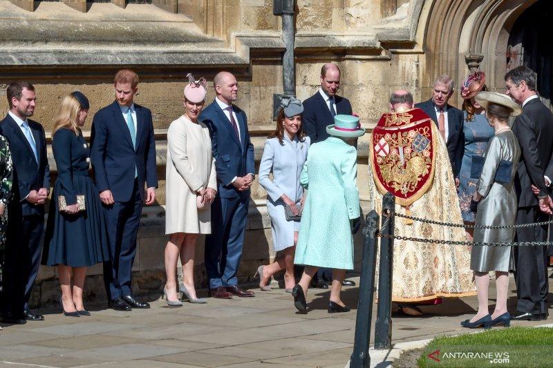 Kerajaan Inggris terluka, kecewa dengan pengumuman Harry-Meghan