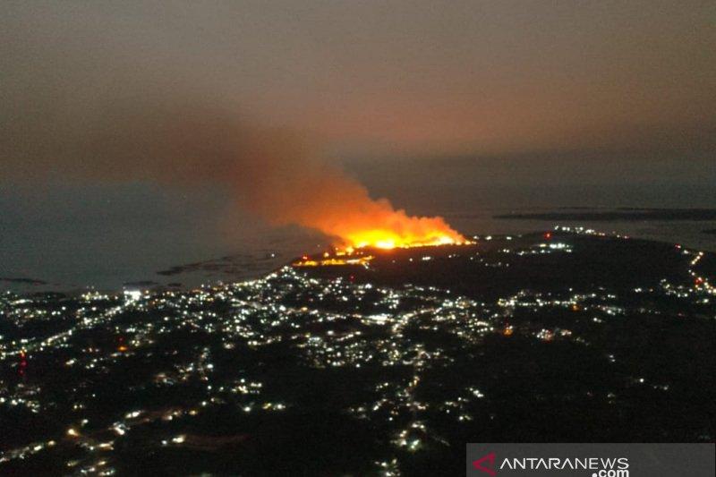 Bandara Raden Sadjad Natuna terbakar