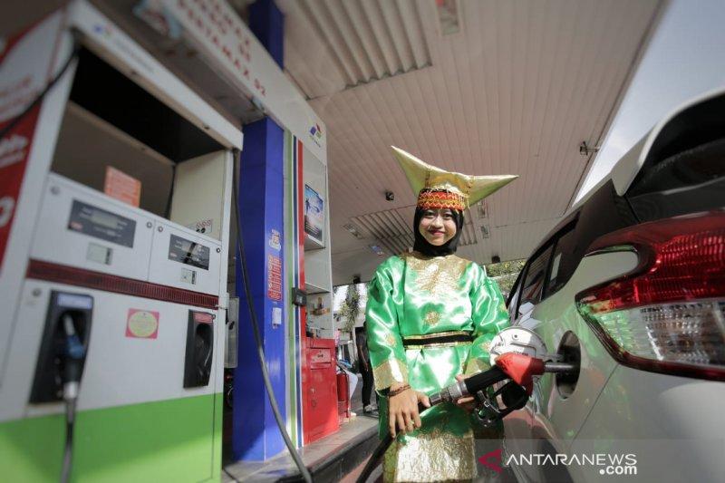 """Di jakarta ada """"Kartini"""" layani pelanggan SPBU"""