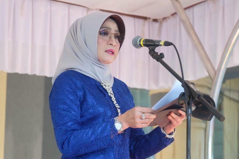 Mataram gelar upacara Hari Kartini dengan peserta berkebaya