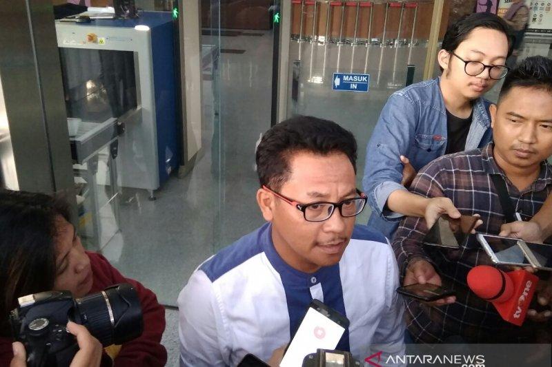 Wali Kota Malang Sutiaji dikonfirmasi soal pembahasan APBD-P