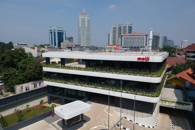 Pendirian gedung kantor pusat baru dan perpindahan alamat perusahaan PT. Meiji Indonesian Pharmaceutical Industries