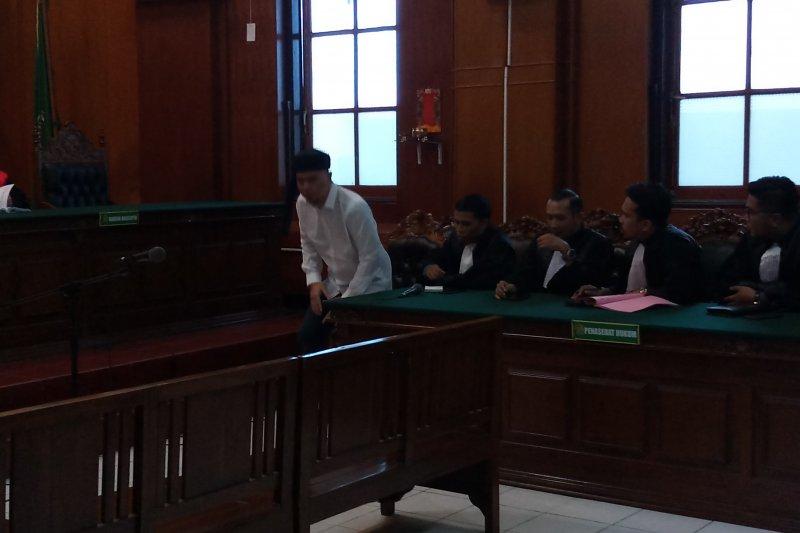 Musisi Ahmad Dhani dituntut 1,5 tahun penjara