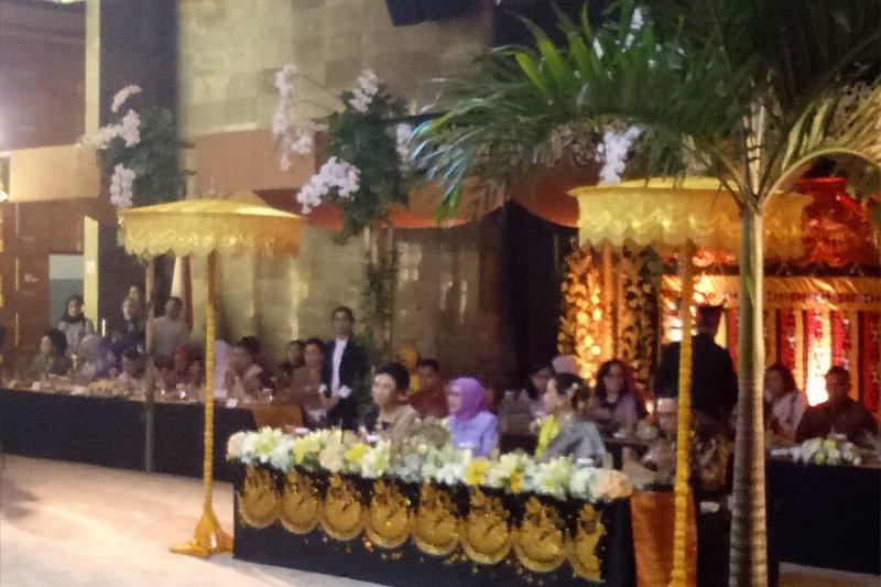 Mufidah Jusuf Kalla didapuk sebagai Ibu Kerajinan Indonesia atas dedikasinya untuk IKM