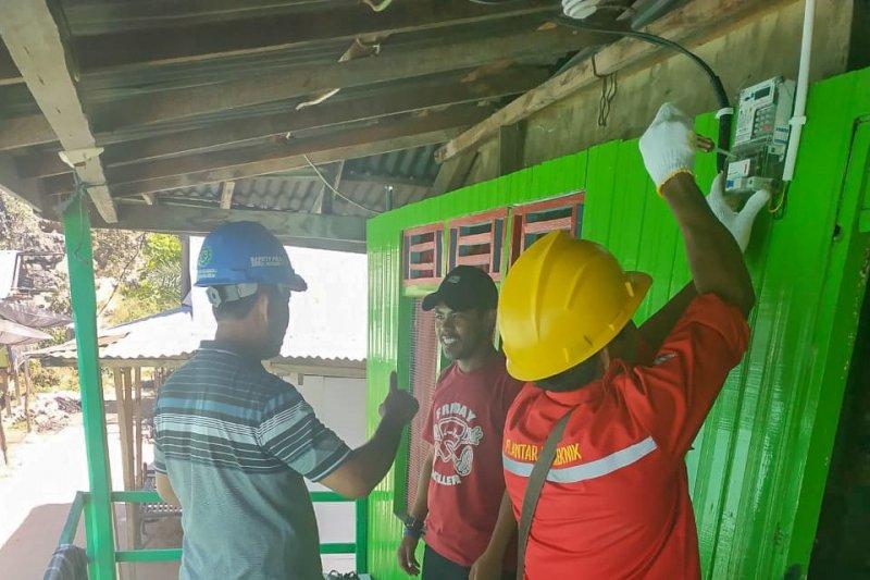 PLN listriki dusun terpencil di Pulau Sumbawa