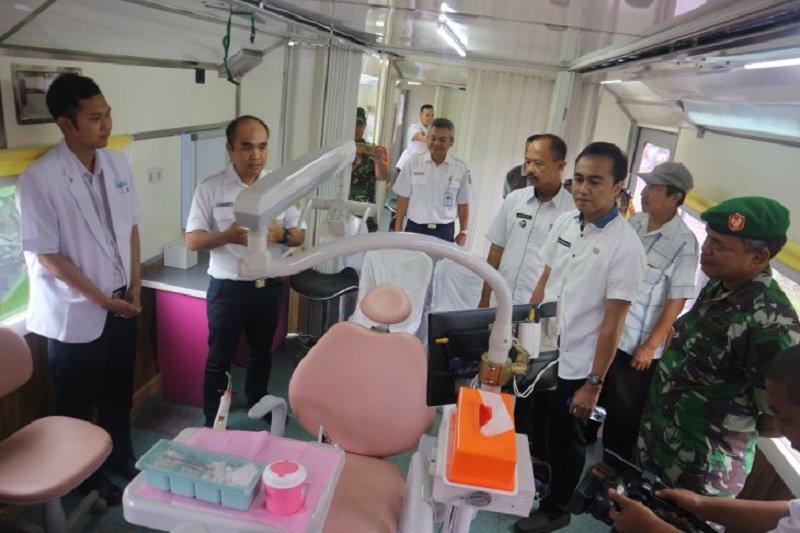 KAI Tanjungkarang gelar pengobatan gratis