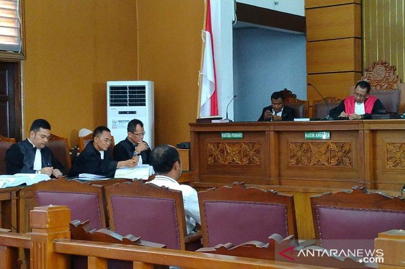 Ratna Sarumpaet ragukan saksi ahli bahasa diajukan JPU