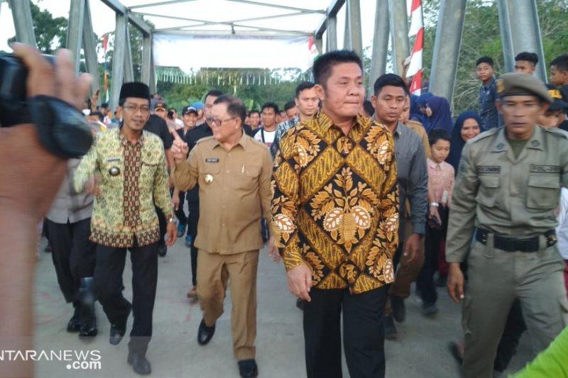 Gubernur Sumsel bantu korban banjir dan longsor di Lahat