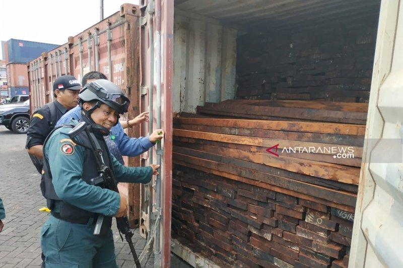 Kasus kayu ilegal asal Papua siap disidangkan