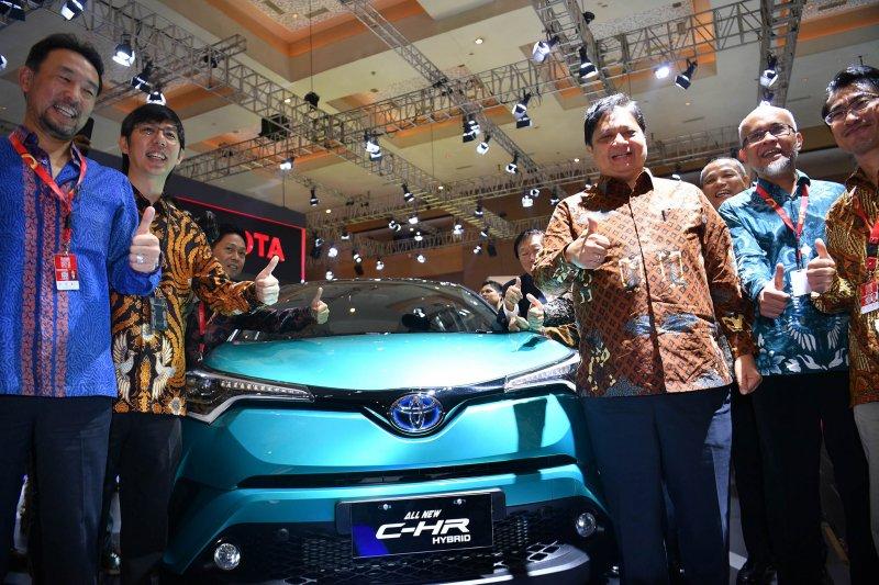 Toyota Indonesia gencar tampilkan kendaraan hibrid